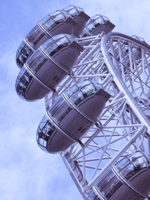 England, London, London Eye, Millennium Wheel, low angle view Fine Art Print by Assaf Frank