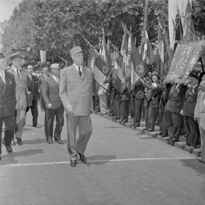 President Charles de Gaulle and President Giovanni Gronchi during the military parade to mark the centenary of the Battle of Magenta, June 1959 Fine Art Print by Anonymous