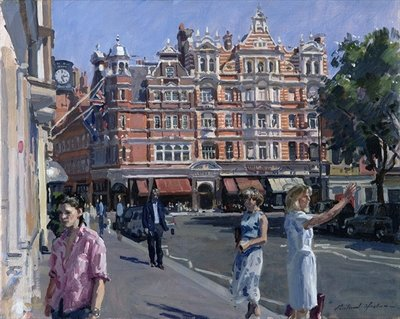 Sloane Square Fine Art Print by Richard Foster