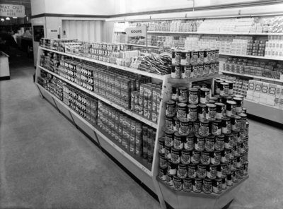 Soup aisle, Woolworths store, 1956 (b/w photo) Wall Art & Canvas Prints by English Photographer