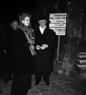 Arthur Rubinstein and his wife Aniela Mlynarska during a party in honour to Arthur Rubinstein at the Paul Louis Weiller Foundation, Paris, 16 December 1971 (photo) Postcards, Greetings Cards, Art Prints, Canvas, Framed Pictures, T-shirts & Wall Art by .