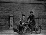 Early motorcar, c.1900-05 Fine Art Print by American Photographer