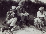 Saxon Sydney Turner, Clive Bell, Virginia Stephen and Julian Bell at Studland in Dorset, 1910 (b/w photo) Fine Art Print by English Photographer