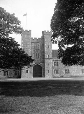 Knole House, Sevenoaks, west Kent, Circa 1920 Postcards, Greetings Cards, Art Prints, Canvas, Framed Pictures, T-shirts & Wall Art by Daily Mirror