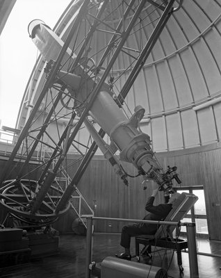 Using the equatorial telescope, Royal Observatory, Greenwich by unknown - print