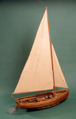 Full hull model, dinghy, starboard stern quarter by unknown - print