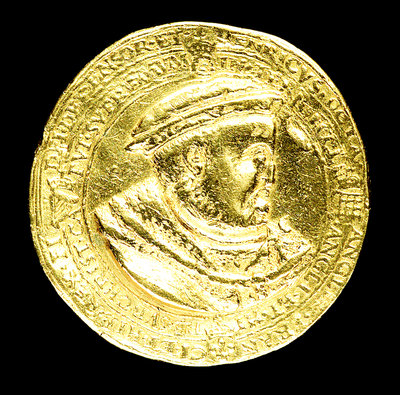 Medal commemorating the supremacy of the church, 1545; obverse by H.R. - print