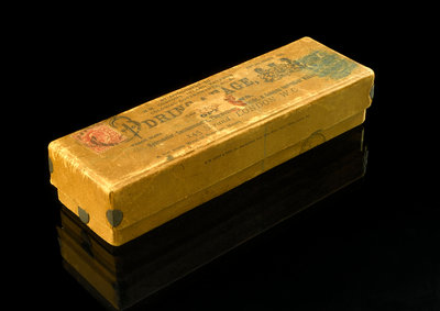 Box which contains prisms and coloured glass by unknown - print