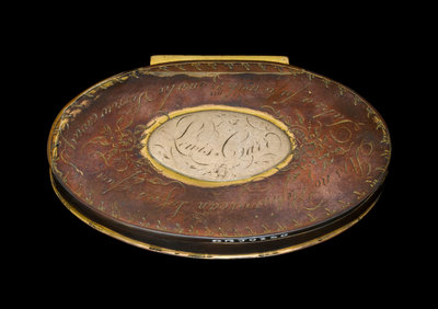 A tobacco box in copper, originally gilt, engraved with roses by unknown - print