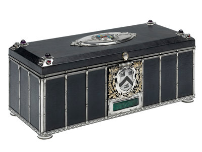 Freedom casket presented to Admiral of the Fleet Sir David Beatty, 1st Earl Beatty (1871-1936) by the County Borough of Grimsby, 28 April 1919 by unknown - print
