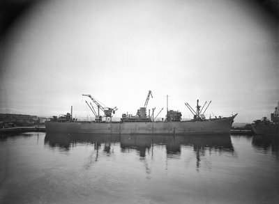 'Kong Sverre' (No, 1941), ex 'Empire Grenfell', at quayside, Liverpool, prior to 22 June 1943 by unknown - print