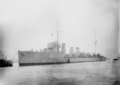 Destroyer HMS 'Melampus' (1914) by unknown - print