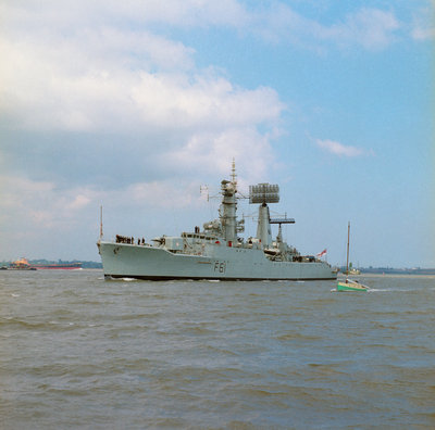 HMS 'Llandaff' (Br, 1955), under way off Shotle by unknown - print