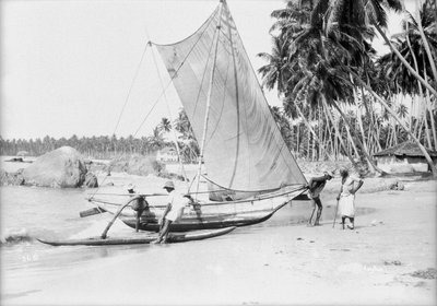 An oruwa, Ceylon (Sri Lanka) 1930 by Marine Photo Service - print
