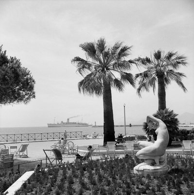 Cruise liner 'Chusan' (1950) at Cannes by Marine Photo Service - print