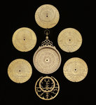 Astrolabe: dismounted obverse by Muhammad Muqim ibn Mulla 'Isa - print