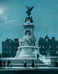 The Queen Victoria memorial, Buckingham Palace, London Fine Art Print by Dirk Maes