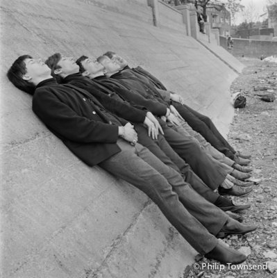 Rolling Stones sleeping on the Thames Embankment (small) by Philip Townsend - art